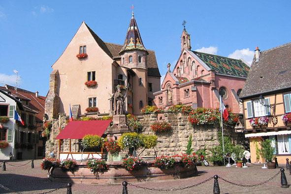1--Eguisheim_chateau